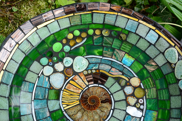 Stained glass kate rattray 39 s mosaic blog for Garden treasures pool clock